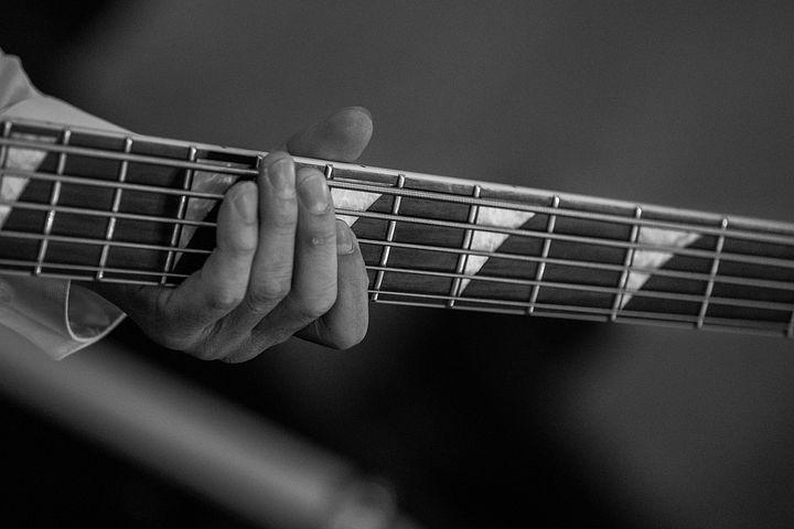 guitar-head